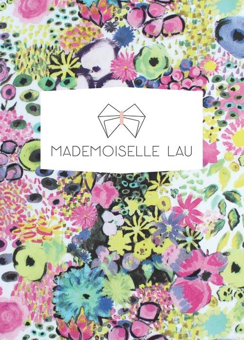 Mademoiselle Lau carte postale